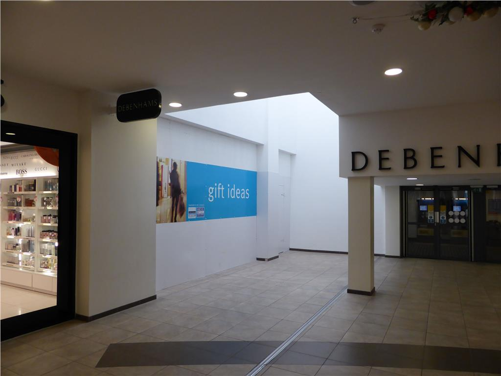 17 Market Gates Shopping Centre